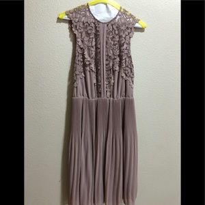 H&M Lace Dress in Mauve Color